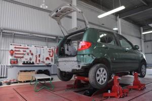 Кузовной ремонт автомобиля в кузовном цеху