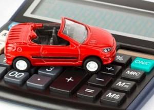 В Казахстане предложено  увеличить налоги на авто с большим объемом  двигателя