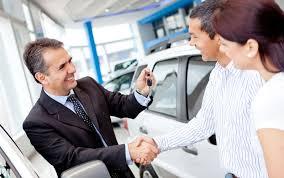 Покупаем машину у официального дилера: почему это всегда выгодно?